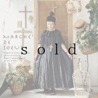MARCHE' DE SOEUR/タックカラー半袖ワンピース・スミクロ