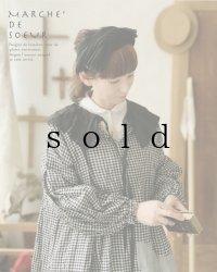 MARCHE' DE SOEUR/タック襟のパフ袖ワンピース・黒×ギンガム